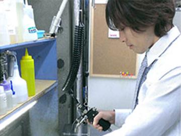 クリーニング工場内作業スタッフ